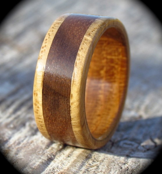 Bentwood Walnut & Fiddleback Oak Ring