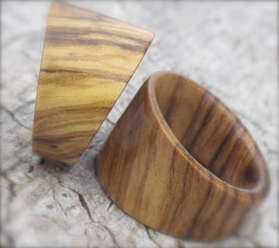 handcrafted wooden jewellery